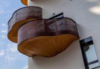 Балконы оригинальных форм