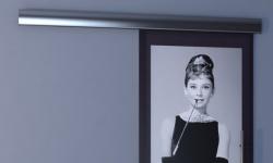 Фотостекло - яркая деталь интерьера