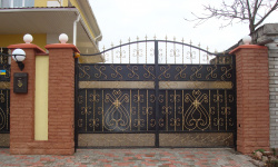 Выбираем удобные уличные ворота