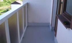 Как защитить балкон от влаги и протекания?